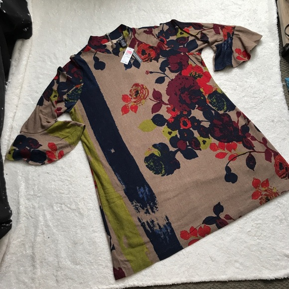 5f2007cf5f4 NWT Chelsea   Theodore Floral Sweater Dress